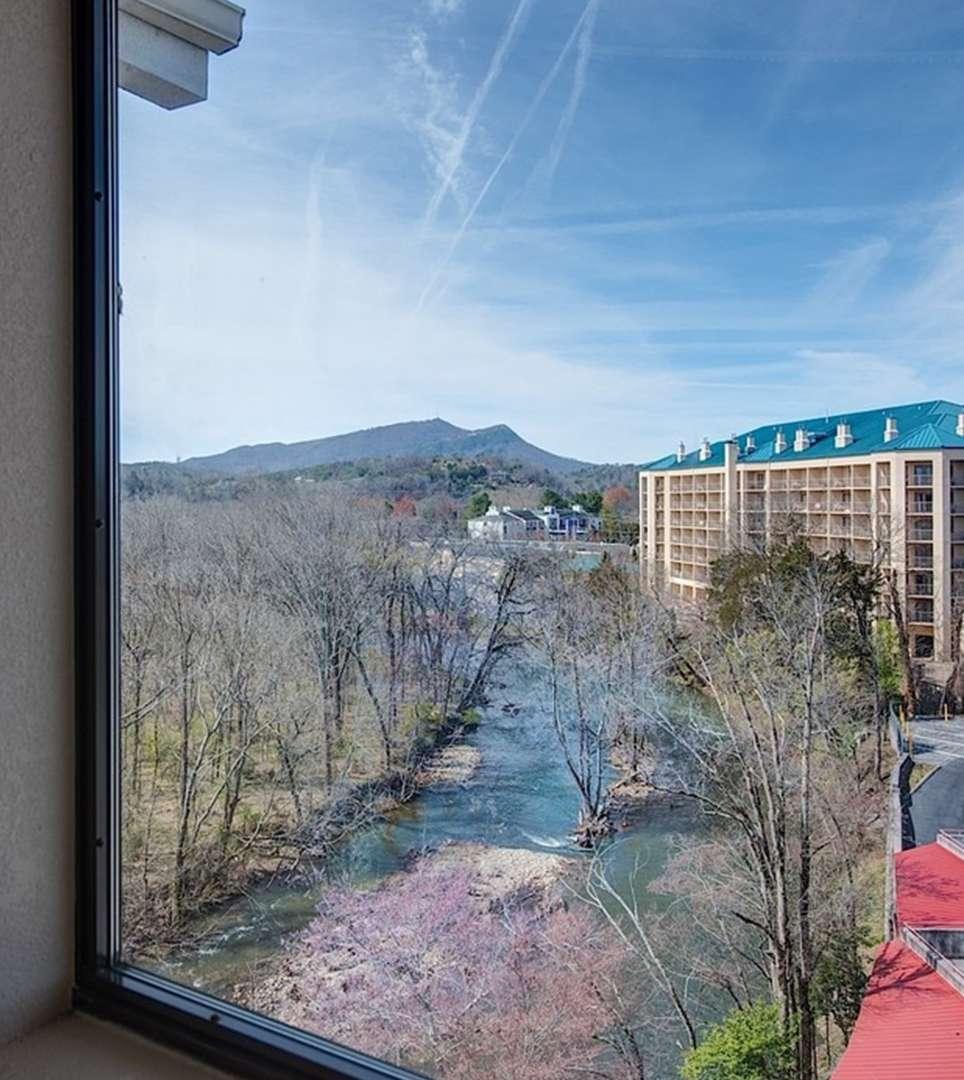 ENJOY VIDEOS OF THE RIVER BEND INN HOTEL